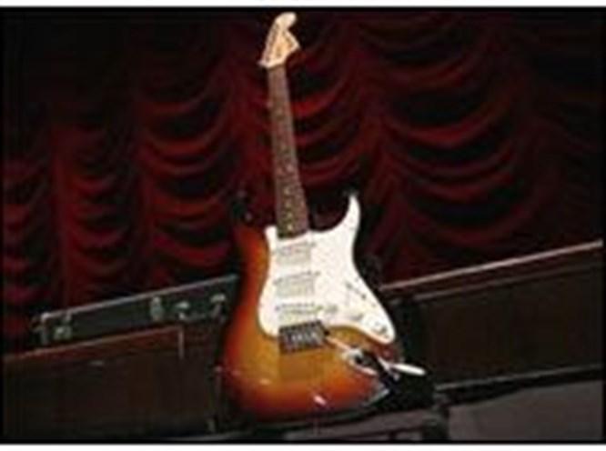 120 bin dolara Hendrix'in gitarı